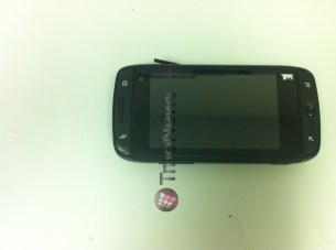 t-mobile-sidekick-4g-samsung-prototype-3-android