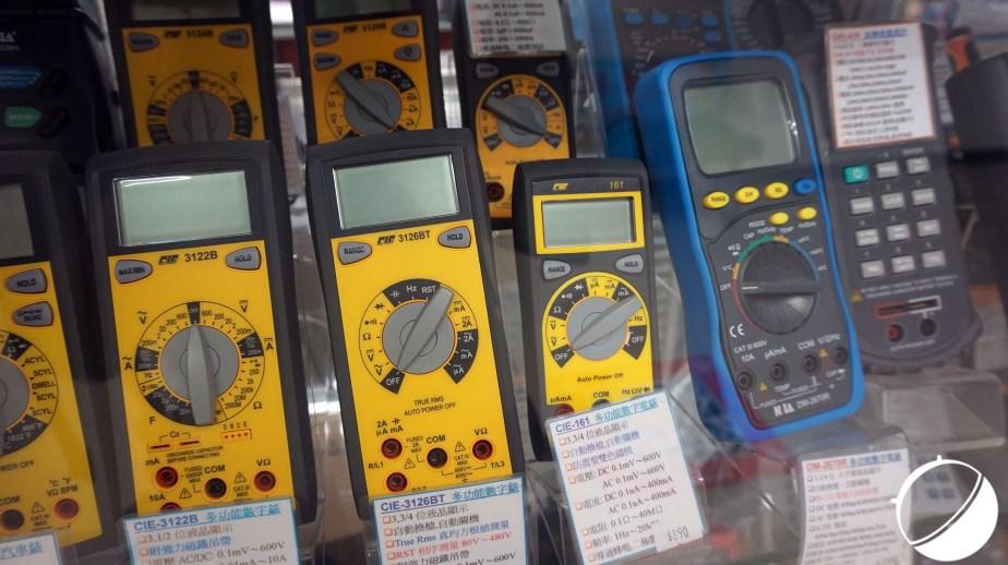 tech-voltmetre