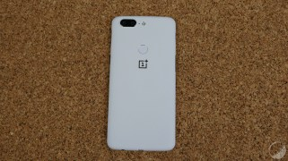oneplus-5t-sandstone-white-10