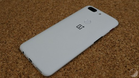 oneplus-5t-sandstone-white-9