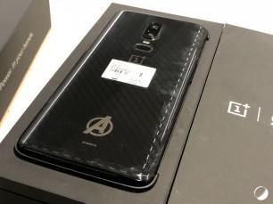 OnePlus 6 Avengers dos bi