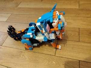 Lego Legoboost cat 4