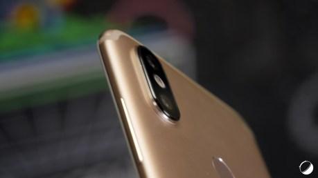 Xiaomi Mi A2 protuberant