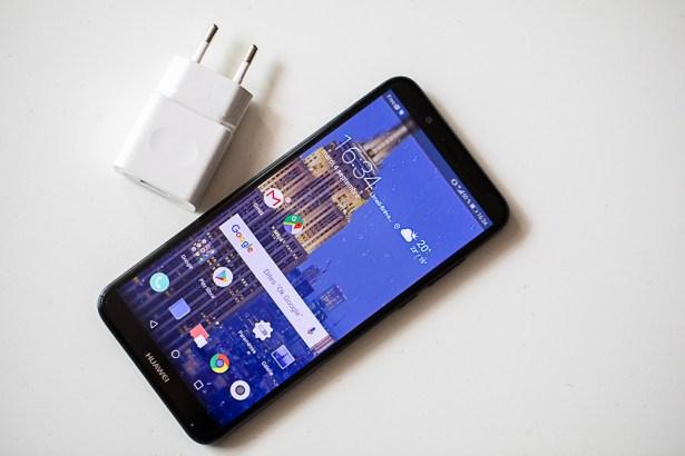 Huawei Y7 2018 design 01