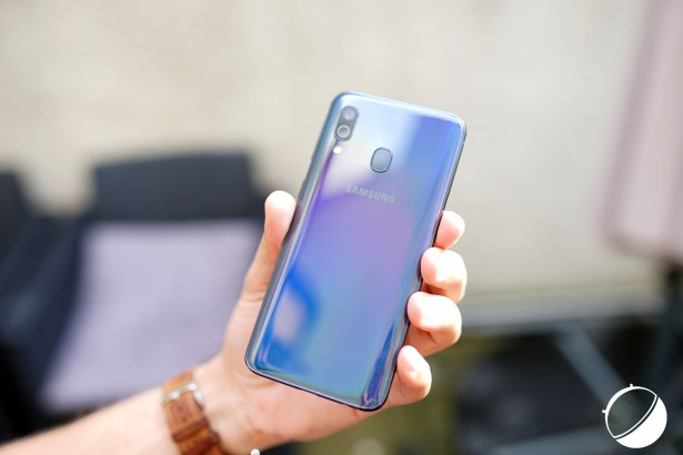 Samsung Galaxy A40 dos