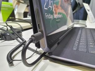 Asus ProArt StudioBook One 3