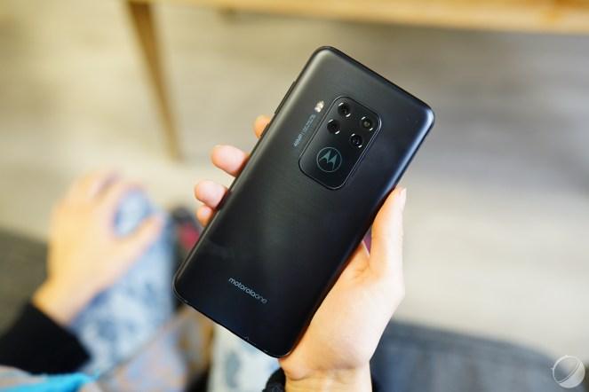 c_Motorola Moto One Zoom - FrAndroid - DSC01948