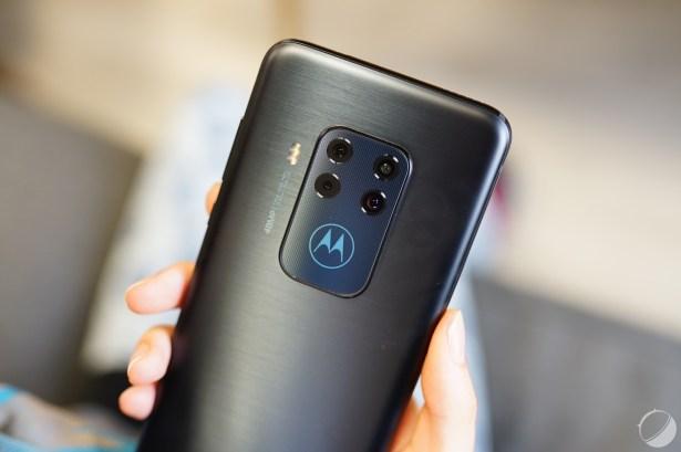 c_Motorola Moto One Zoom - FrAndroid - DSC01963
