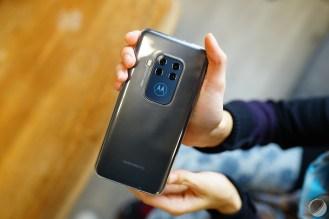 c_Motorola Moto One Zoom - FrAndroid - DSC02053