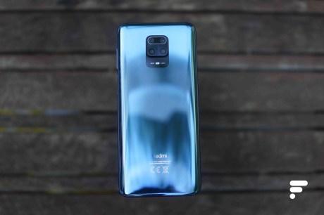 Le dos en verre du Xiaomi Redmi Note 9S