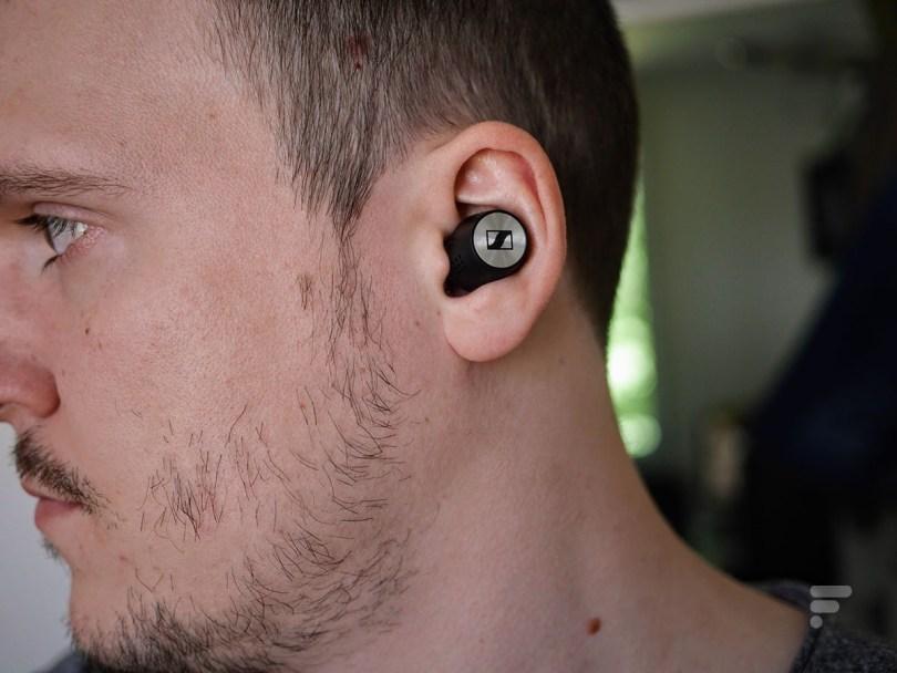 Les Sennheiser Momentum True Wireless 2 proposent un son très équilibré // Source : Frandroid