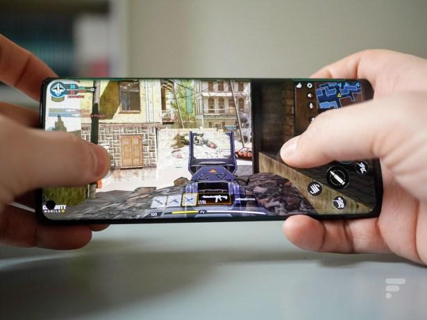 Les bords tactiles du Motorola Edge sur Call of Duty Mobile