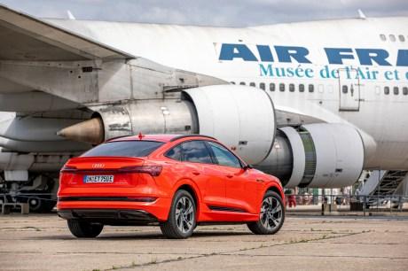 L'Audi e-tron Sportback de dos // Source: Étienne Rovillé pour Audi France