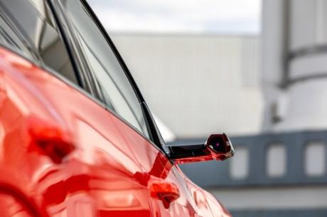 Les rétroviseurs caméras // Source: Étienne Rovillé pour Audi France
