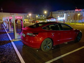 Tesla Model 3 Superchargeur