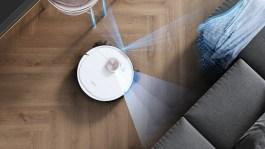 Le robot aspirateur Deebot Ozmo T8 utilise ses capteurs pour repérer les élements // Source : Ecovacs