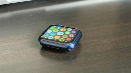 Le boîtier bleu aluminium de l'Apple Watch Series 6