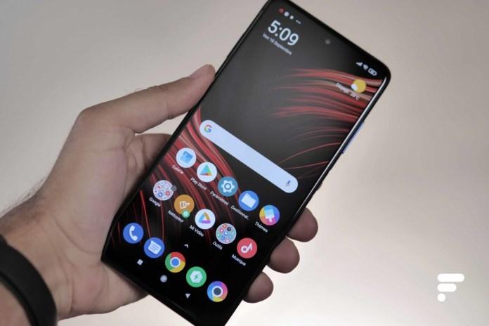 Xiaomi Poco X3 in use