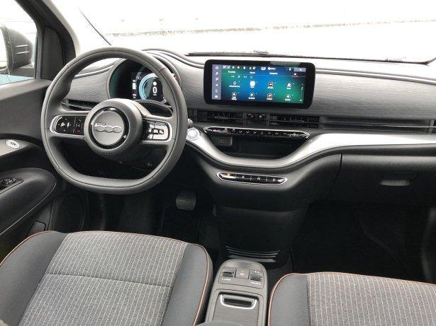 Habitacle de la Fiat 500 Electrique