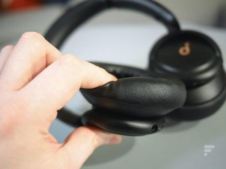 Le casque Soundcore Life Q30 d'Anker // Source : Frandroid
