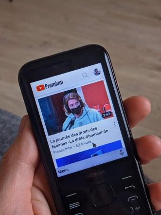 Nokia 8000 4G (11)