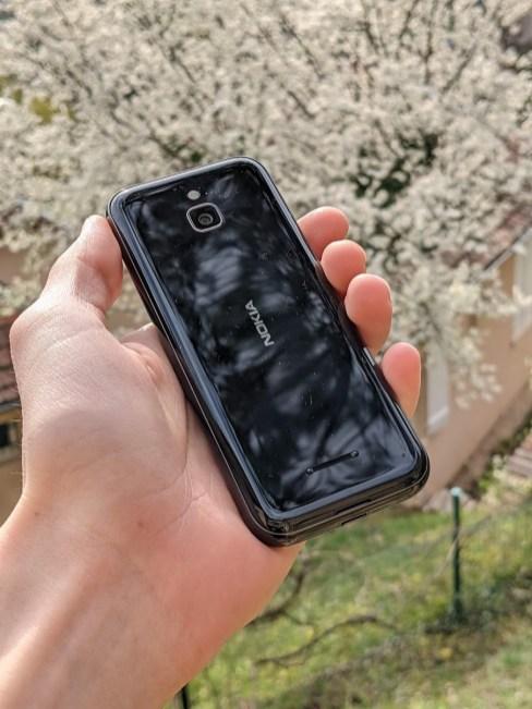 Nokia 8000 4G (5)