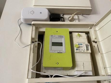 Le boitier qui accompagne le capteur ne tiendra pas dans tous les coffres électriques // Source : Frandroid - Yazid Amer