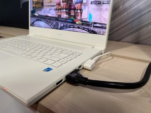 Acer ConceptD 7 3D (8)