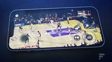 Apple iPhone 13 NBA 2K21
