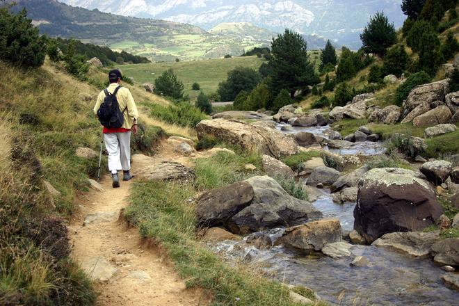 walking-on-the-mountain