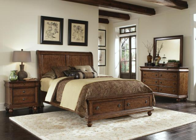 Liberty Furniture Rustic Traditions Queen Sleigh Bed Set with Bun