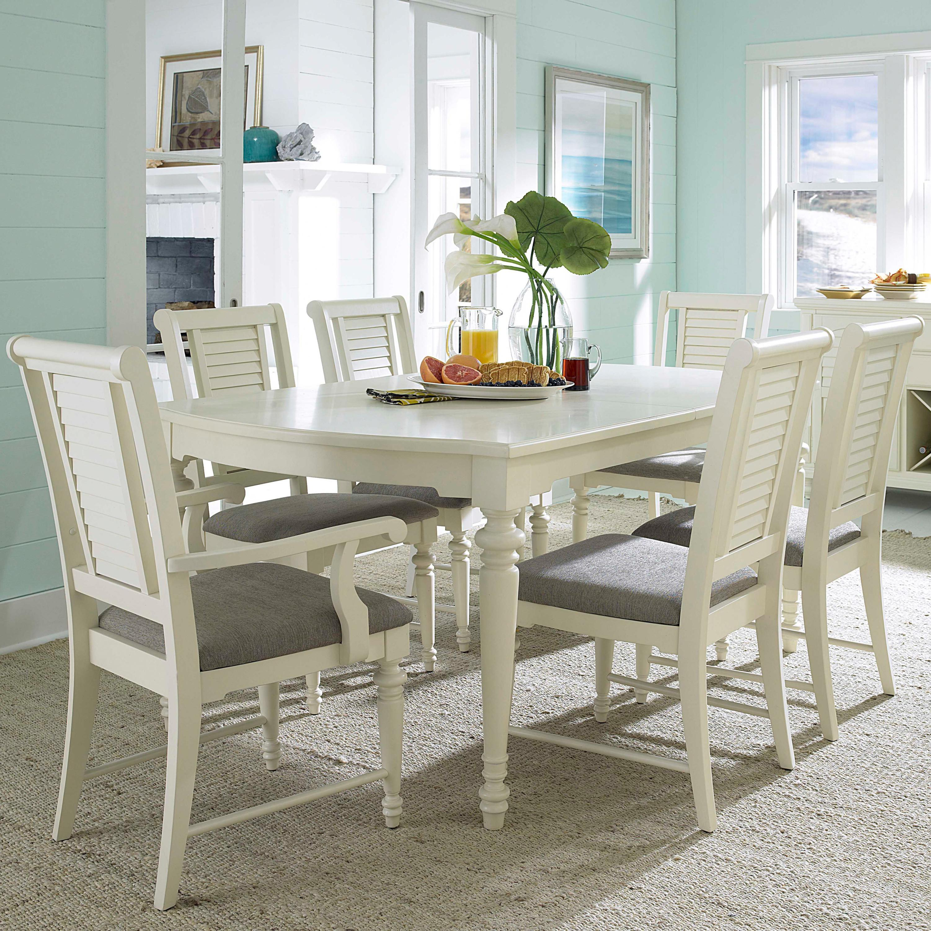 Broyhill Furniture Seabrooke 7 Piece Turned Leg Dining