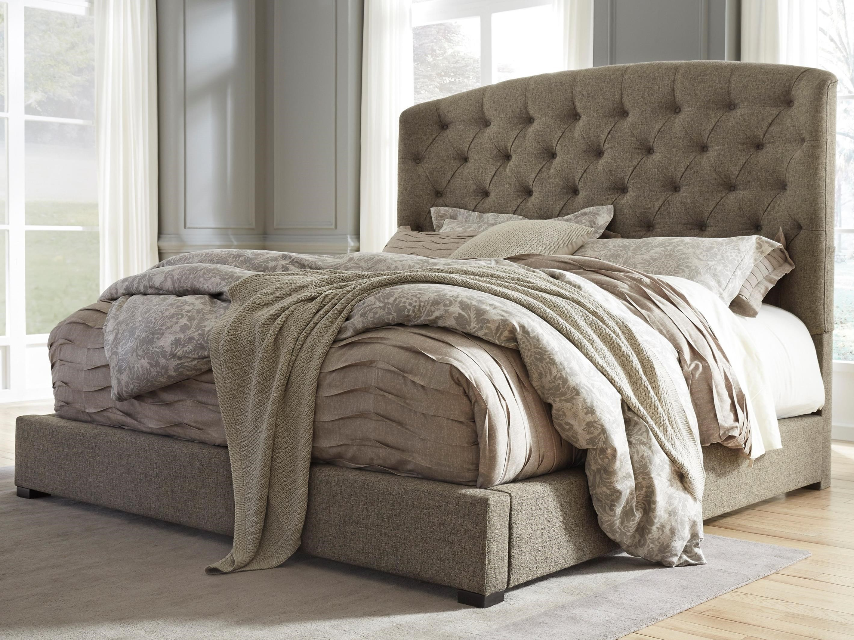 Gerlane Queen Upholstered Bed With Arched Tufted Headboard