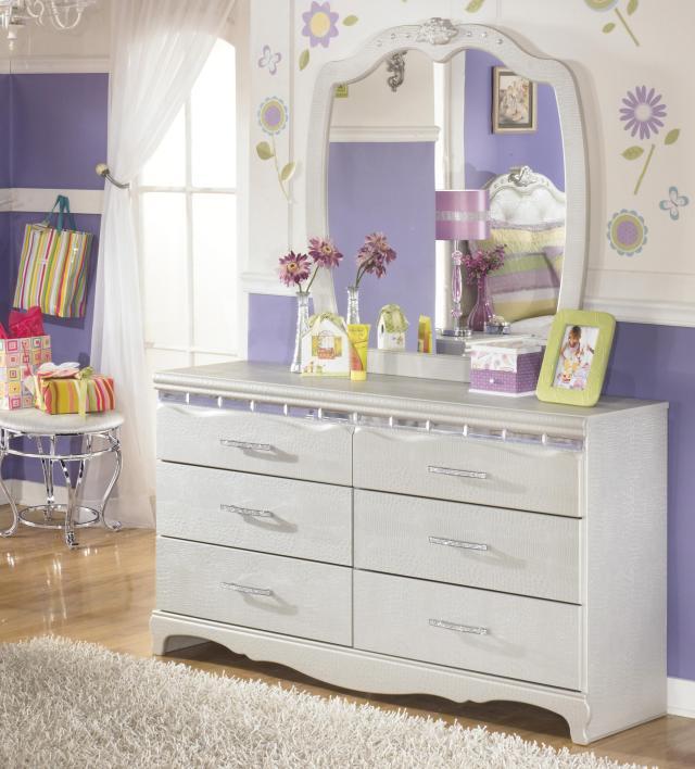 Signature Design by Ashley Zarollina Dresser & Bedroom Mirror in