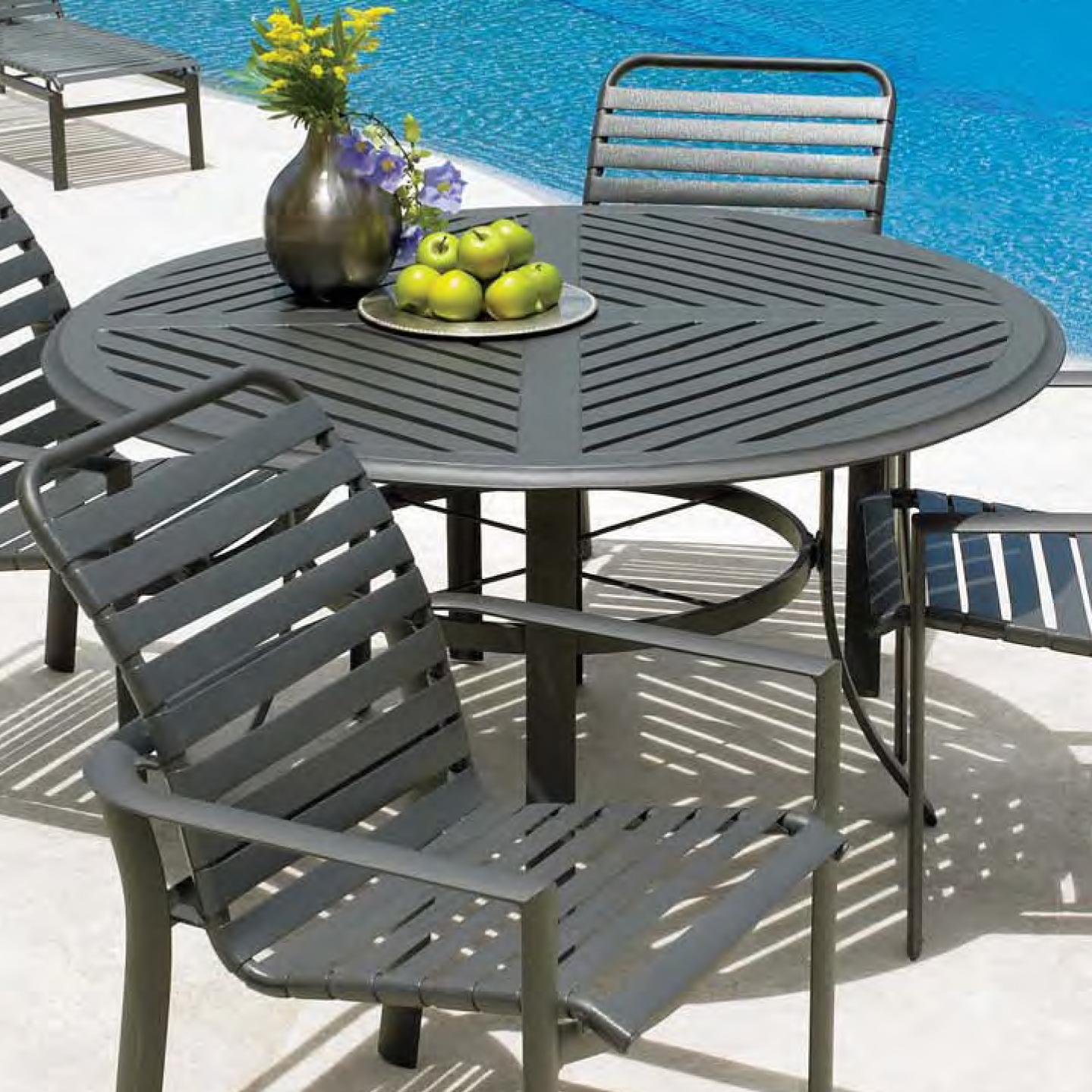 54 round aluminum slat dining table
