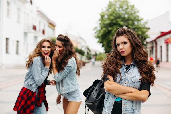 Are you a jealous BFF? How to handle friend-vy - GirlsLife