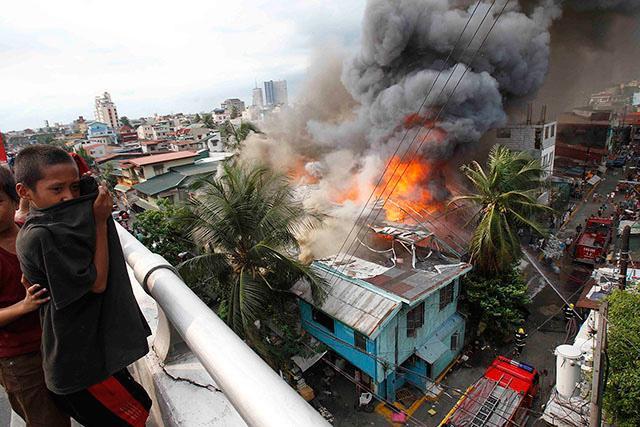 Image result for fire in sampaloc manila