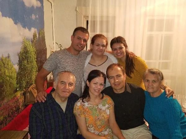 Keluarga Lashtur