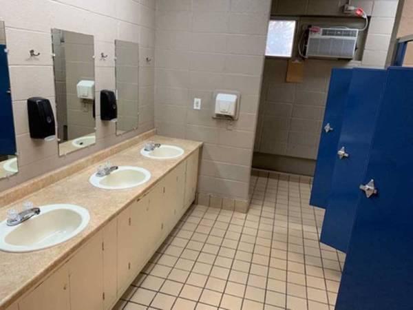 Memphis Graceland RV Park Campground - Memphis campgrounds ...