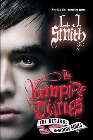 Reading books Shadow Souls (The Vampire Diaries: The Return, #2)