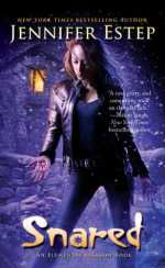 Book Review: Jennifer Estep's Snared