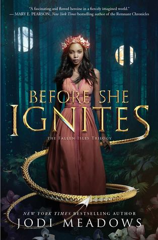 Recensie: Before she Ignites van Jodi Meadows