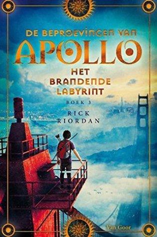 De brandende doolhof (De beproevingen van Apollo #3) – Rick Riordan
