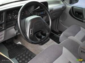 1994 Mazda B3000 | Car Interior Design