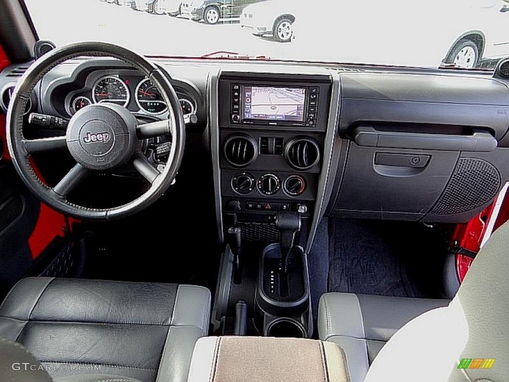 2010 Jeep Wrangler Rubicon 4x4 Dashboard Photos