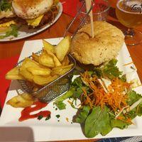 sherlock holmes quimper restaurant