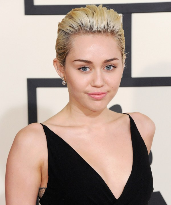 Miley Cyrus' magically evolution from popstar to rocker to hippie and back again - HelloGiggles