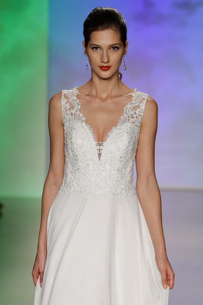 Alfred Angelo Spring 2017 Bridal Show With Disney Weddings