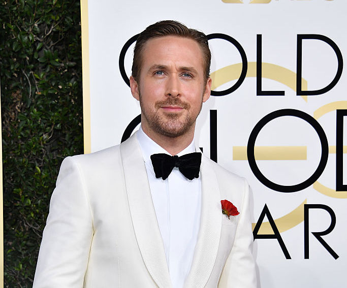 """Ryan Gosling just made us all cry while thanking his """"lady"""" Eva Mendes at the Golden Globes"""