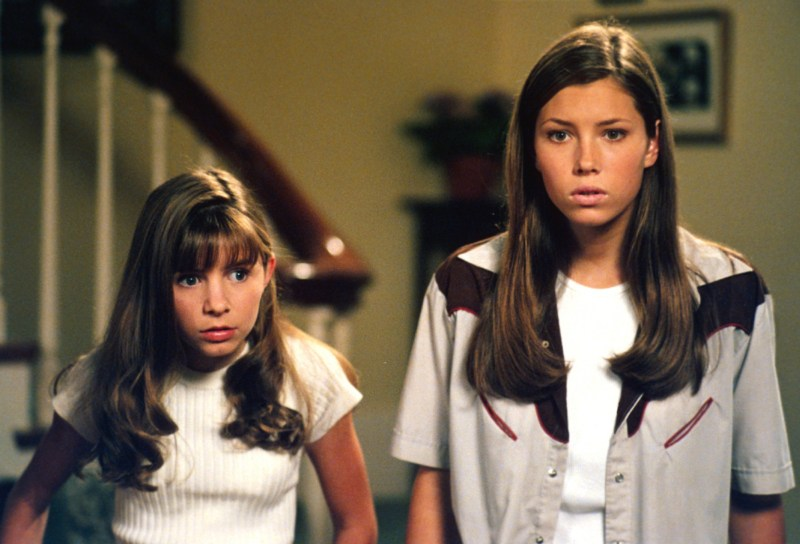 "Jessica Biel and her ""7th Heaven"" sisters just reunited, and all that's missing is Happy"